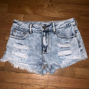 Women's Bullhead Denim Shorts